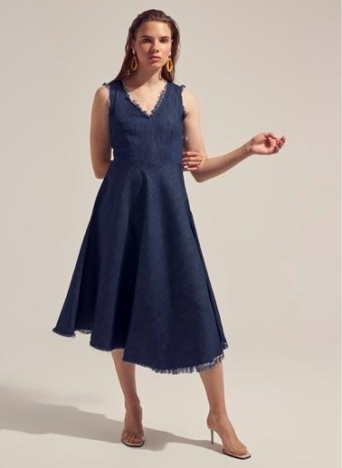 Monamoda Koyu Yıkama Kloş Denim Elbise Mavi